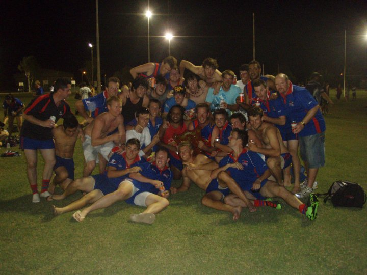 2010-pre-season-cup-winning-team.jpg