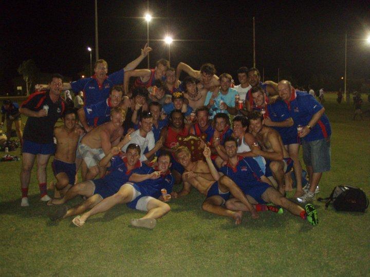 2010-pre-season-cup-winning-team1.jpg